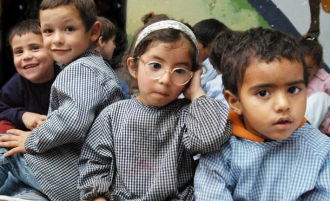 Güney Amerika ülkesi Uruguay'da eğitim yeniden başlıyor