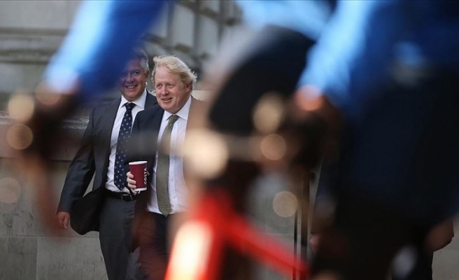 İngiltere Başbakanı Johnson: Kovid-19 aşısı asla bulunamayabilir