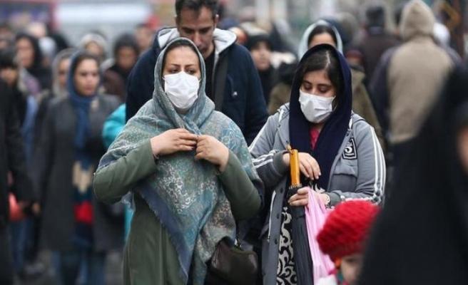 İran'da Kovid-19 kaynaklı can kaybı 6 bin 988'e yükseldi