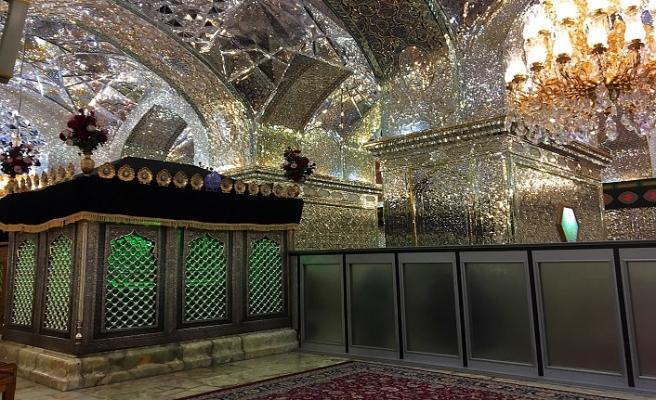 İran'da türbeler bu sabah ziyarete açıldı