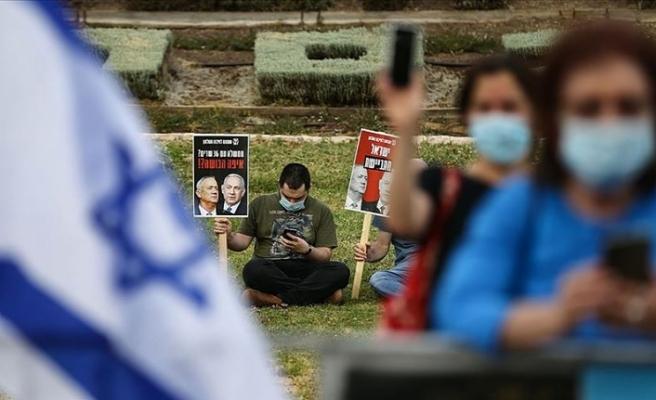 İsrail'de Netanyahu-Gantz koalisyonu karşıtı gösteriler sürüyor