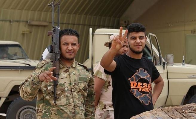 Libya Ordusu başkentin güneyinde ilerleyişini sürdürüyor