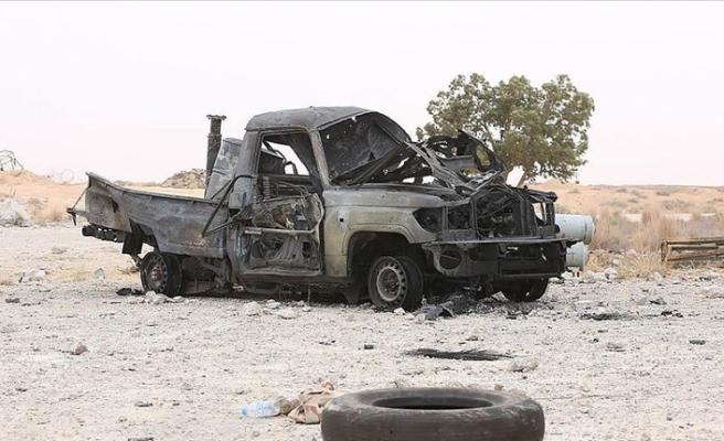 Libya ordusu Vişke'de Hafter milislerine ait zırhlı araçları vurdu