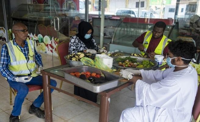 Sudanlılardan virüs savaşçılarına iftar