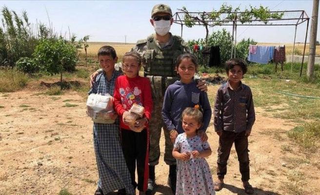 Tel Abyad ve Rasulayn'da yıllar sonra 'huzurlu bayram' sevinci