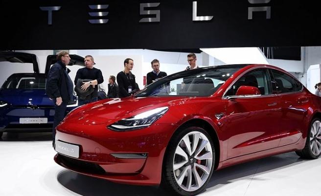 Trump'tan California yönetimine Tesla'nın üretime yeniden başlamasına izin vermesi çağrısı