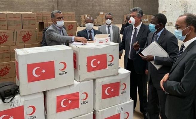 Türk Kızılayından Kovid-19 ile mücadelede Moritanya'ya maske yardımı