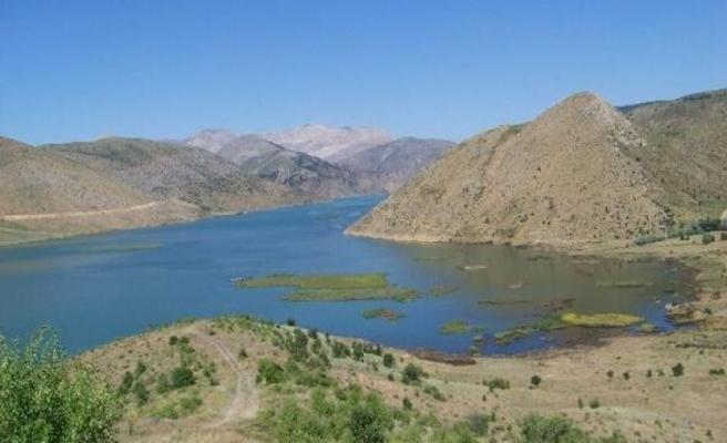 Adıyaman'da baraj göletine giren iki genç boğuldu...Vali'den uyarı