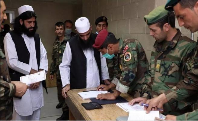 Afganistan'da Kovid-19 vakası sayısı 20 bin 917'ye yükseldi