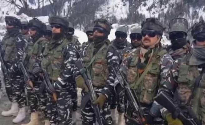 Cammu Keşmir'deki çatışmada 2 direnişçi 1 Mao'cu öldü