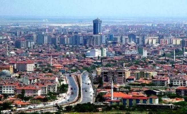 Konya'da bir mahalle ile bir apartman karantinaya alındı