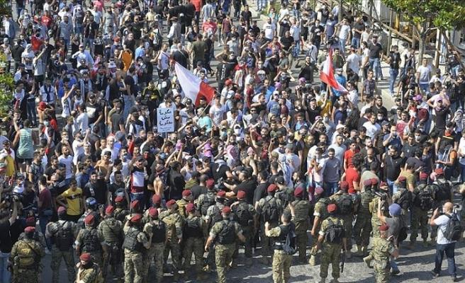 Lübnan'da ekonomik krize karşı protestocular yeniden meydanlarda