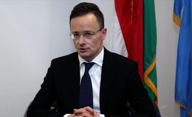 Macaristan'dan AB'ye 'Türkiye'ye söz verilen 6 milyar avro bir an önce ödenmeli' çağrısı