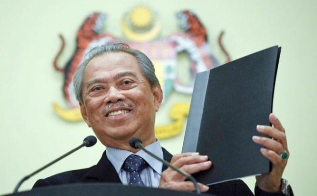 Malezya Başbakanı ev karantinasından çıktı
