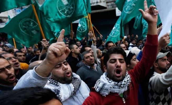 Müslüman Kardeşler'in yöneticilerinden birinin oğlunun ailesinin tutuklanmasına tepki