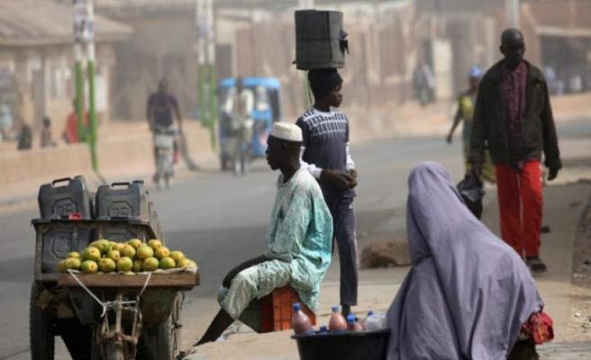 Nijerya'da Kovid-19 nedeniyle ölenlerin sayısı 300'e yaklaştı