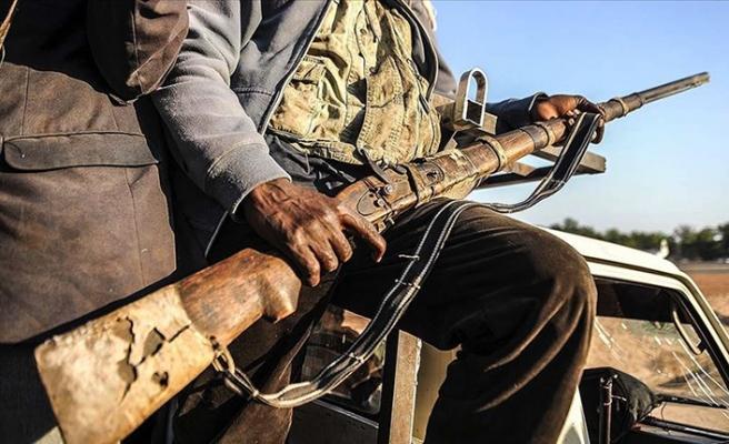 Nijerya'da silahlı çete üyelerine operasyon:  70 ölü