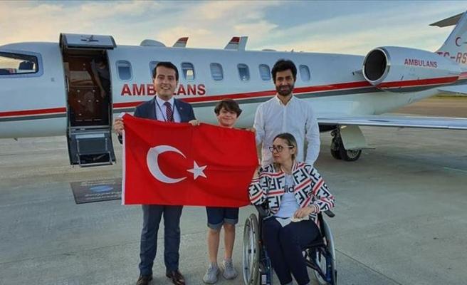 Norveç'te beyninde tümör bulunan Türk vatandaşı ambulans uçakla Türkiye'ye nakledildi