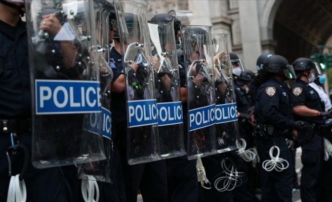 ABD'nin Seattle kentinde protestocuların oluşturduğu 'özerk bölge' polis müdahalesiyle dağıtıldı