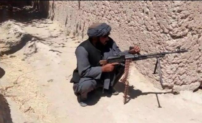 Afganistan'da Taliban saldırısında 2 güvenlik görevlisi öldü