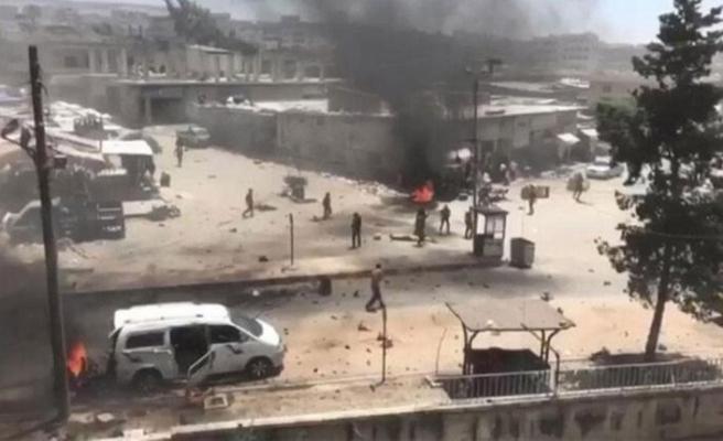 Afrin'de teröristlerden bombalı araç saldırısı: 13 yaralı