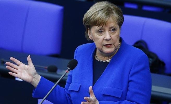 Almanya Başbakanı Merkel: Avrupa'nın tarihinin en zor durumunda olduğunu biliyoruz
