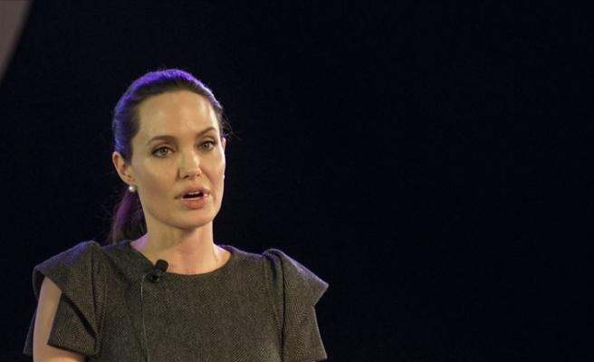 Angelina Jolie'den daha fazla yardım çağrısı