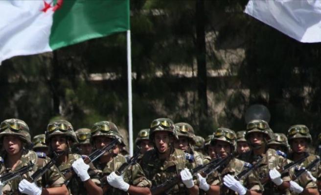 Cezayir Genelkurmay Başkanı değişti