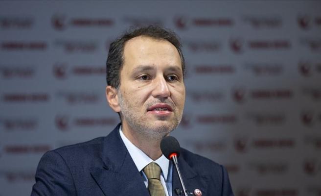 Erbakan: Ayasofya'mızın ibadete açılması yolunda gayret gösteren yetkilileri tebrik ediyorum