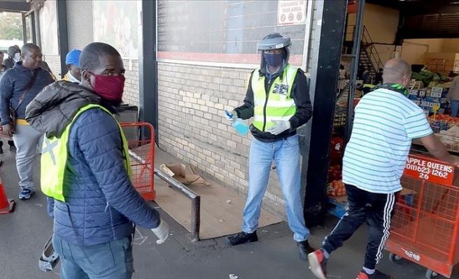 Güney Afrika Cumhuriyeti'nde bir günde 12 bin Kovid-19 vakası tespit edildi