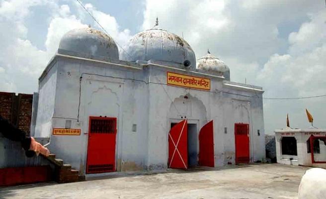 Hindu tapınaklarına dönüşen camilerden birkaçı