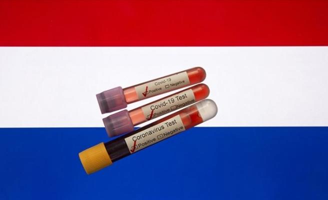 Hollanda'da Kovid-19 vakaları bir haftada yüzde 84 oranında arttı