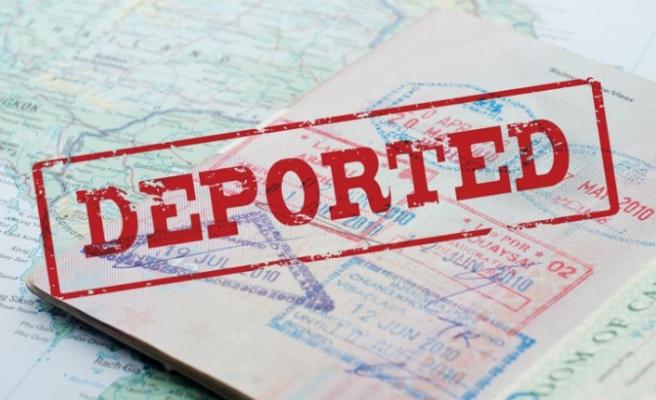 İçişleri Bakanlığı duyurdu: 9 yabancı terörist sınır dışı edildi
