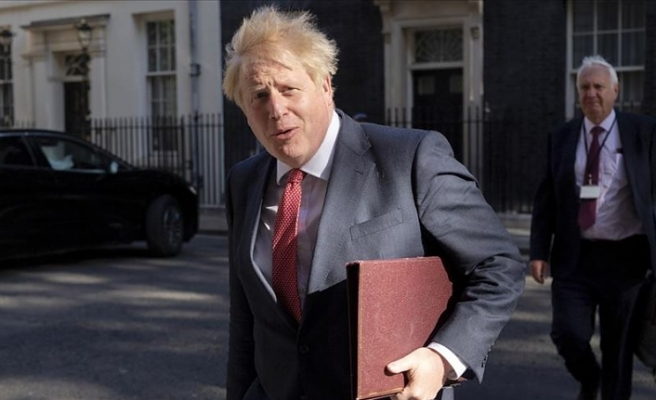 İngiltere Başbakanı Johnson: Avrupa'da Kovid-19 vakalarındaki artış ikinci dalganın işareti
