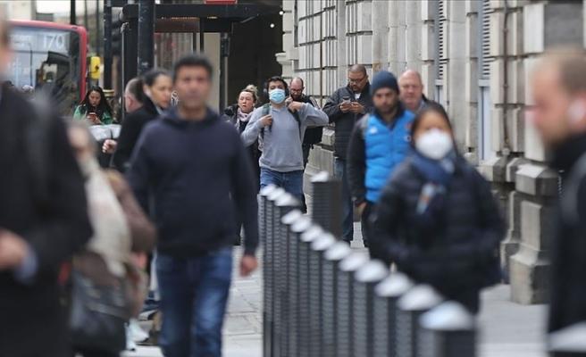 İngiltere'de Kovid-19 nedeniyle ölü sayısı 45 bin 233'e çıktı
