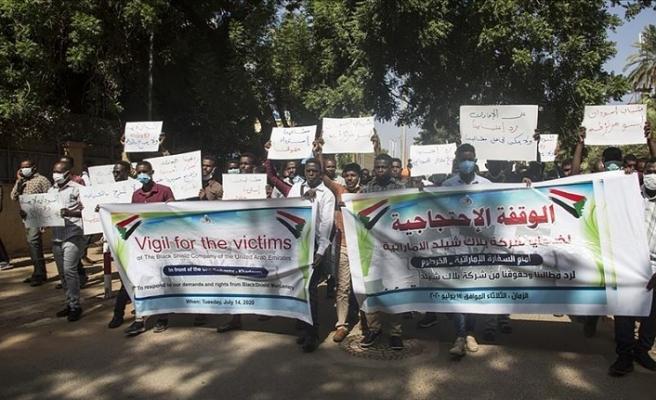 İş vaadiyle Libya'ya paralı asker olarak götürülen Sudanlı gençler BAE'den özür bekliyor