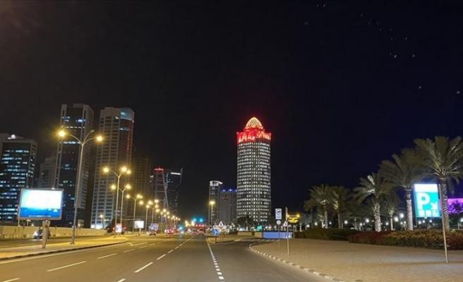 Katar Sağlık Bakanlığı: Salgında zirve noktayı gördük
