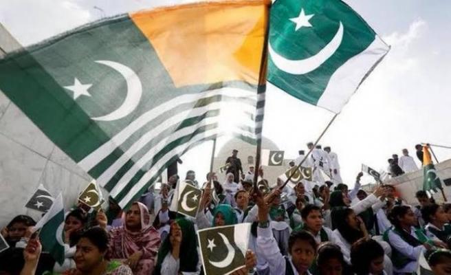 Keşmirliler, Pakistan'a Katılım Günü'nün 73. yıl dönümünü kutladı