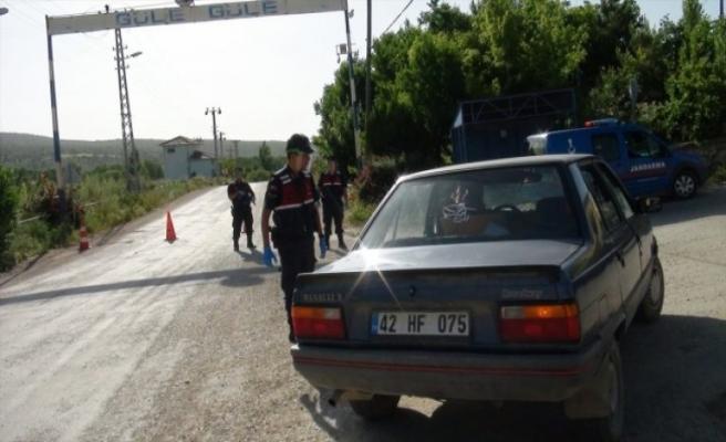 Konya'da iki ev karantinaya alındı