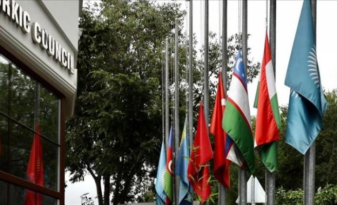 Kovid-19 nedeniyle hayatını kaybedenler için Türk Konseyi'nde bayraklar yarıya indi
