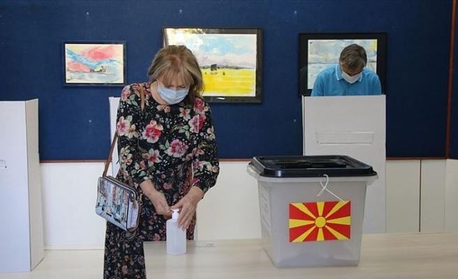 Kuzey Makedonya'da erken genel seçimin sonuçları açıklandı