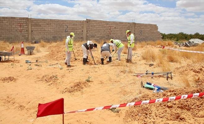 Libya'da Hafter'den kurtarılan Terhune'deki toplu mezarlardan 6 ceset daha çıkarıldı