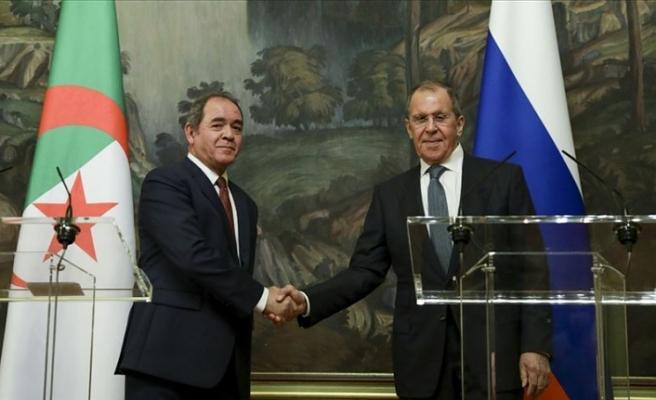 Rusya Dışişleri Bakanı Lavrov, Cezayirli mevkidaşı Bukadum ile Libya'yı görüştü