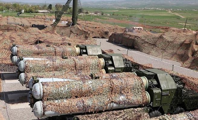 Tacikistan'daki Rus askeri üssünde S-300'lü tatbikat
