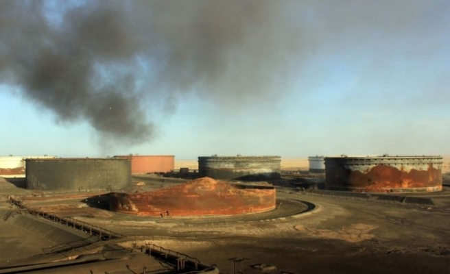 'Yabancılar, Sidre Petrol Limanı'na girdi' iddiası