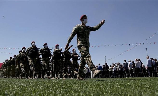Fırat Kalkanı Harekatı'nın 4. yıl dönümü askeri törenle kutlandı