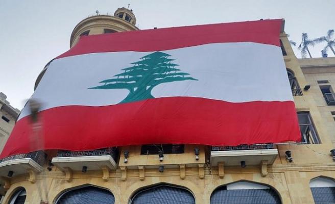Lübnan'da Büyükelçi Mustafa Edib, hükümeti kurmakla görevlendirildi
