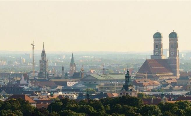 Münih'te artan Kovid-19 vakalarına karşı alkol yasağı uygulanacak
