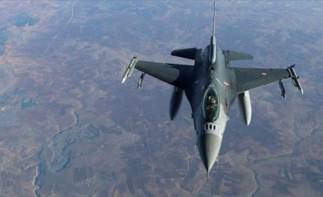 Türk F-16'ları tam 2.5 saat boyunca rekor süreli bir uçuş gerçekleştirdi