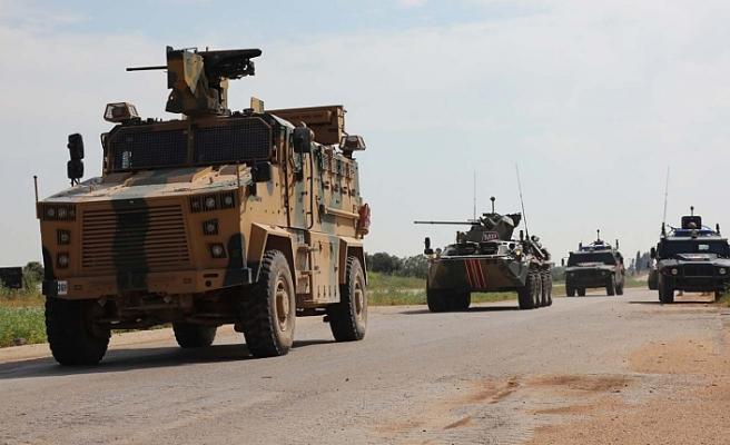 Türkiye-Rusya ortak kara devriyesine bombalı saldırı